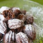 Chocolate madeleine
