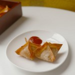 Baked wonton with salmon cream