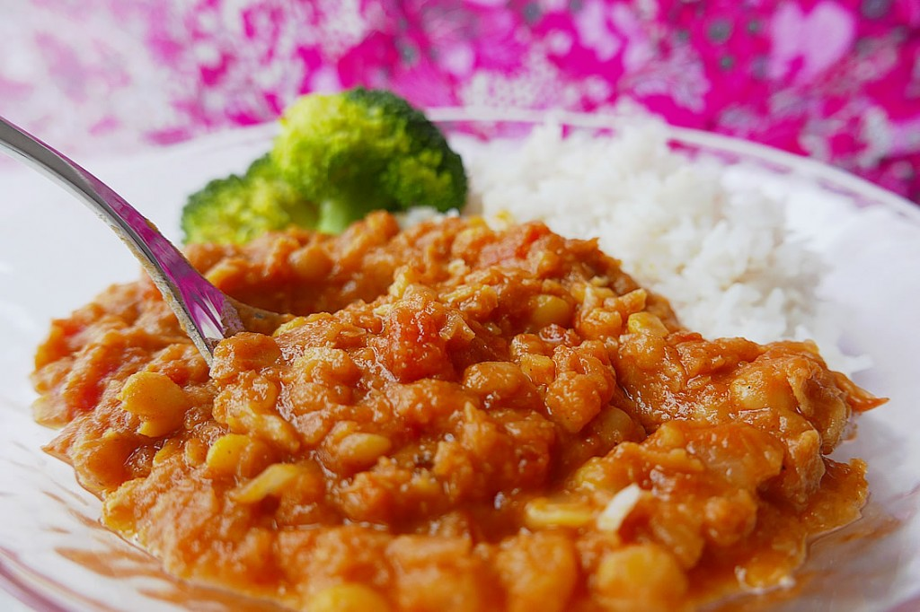 Yellow split beans curry