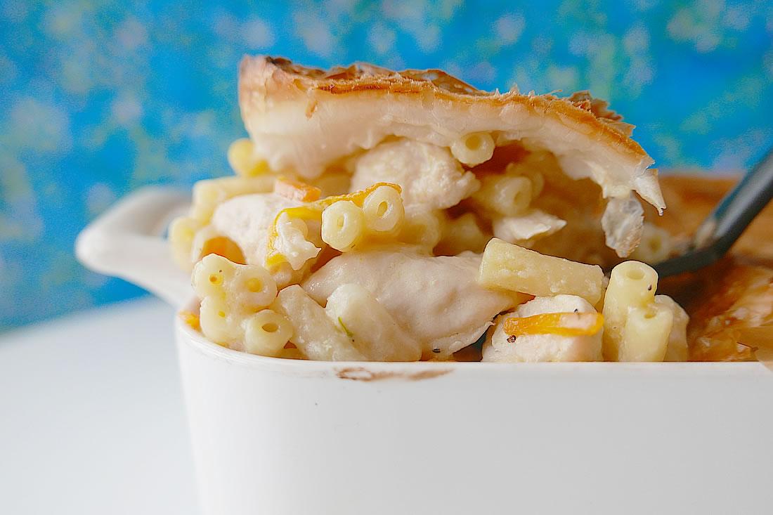 Chicken macaroni pie