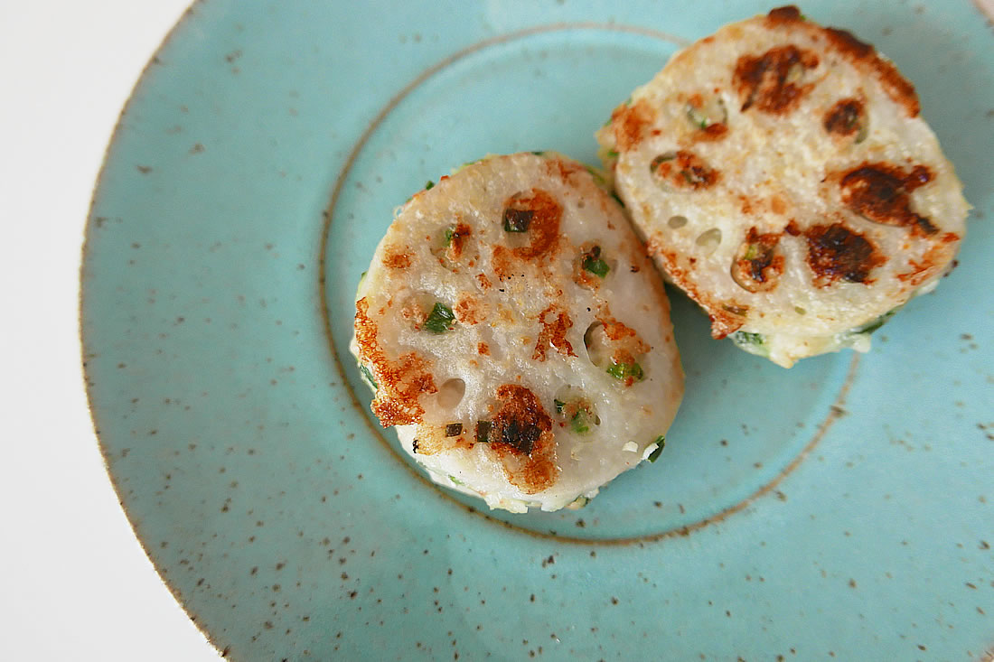 Fried lotus filling with shrimps