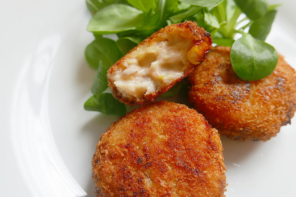 Shrimp cream croquette