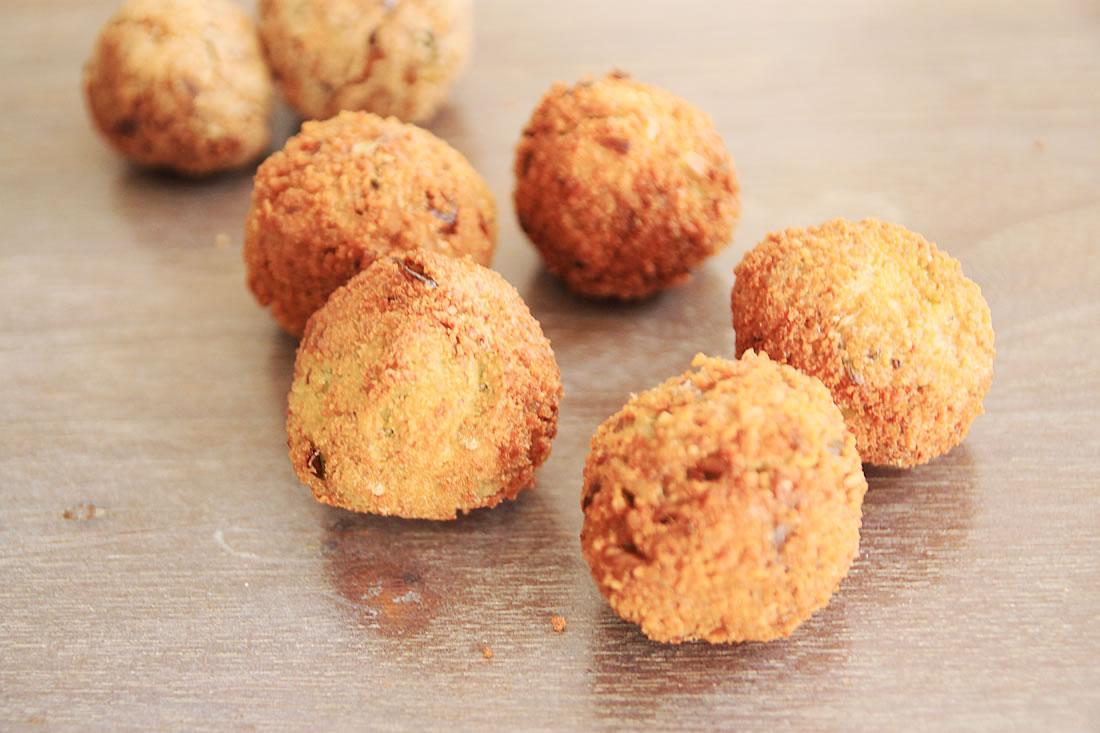 Tofu meatballs