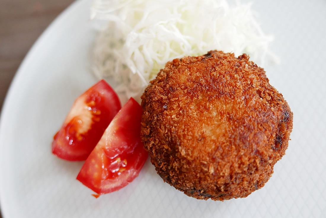 Ground pork cutlet (Menchi Katsu)