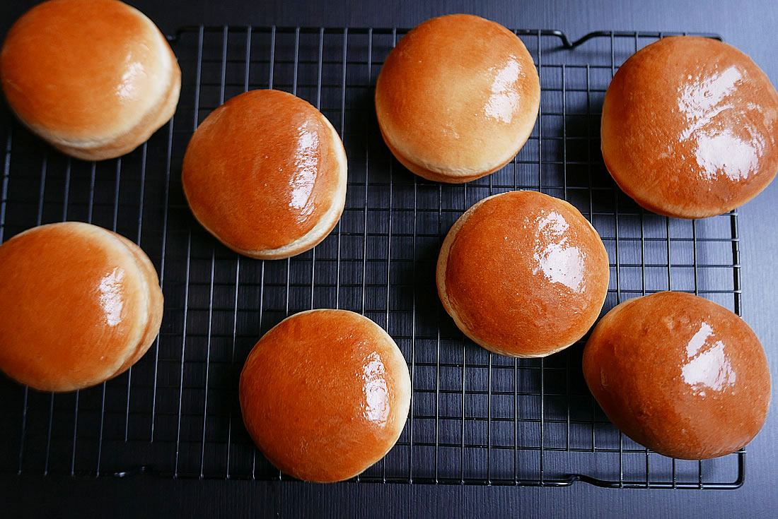 Soft buns with Panasonic Bread Maker