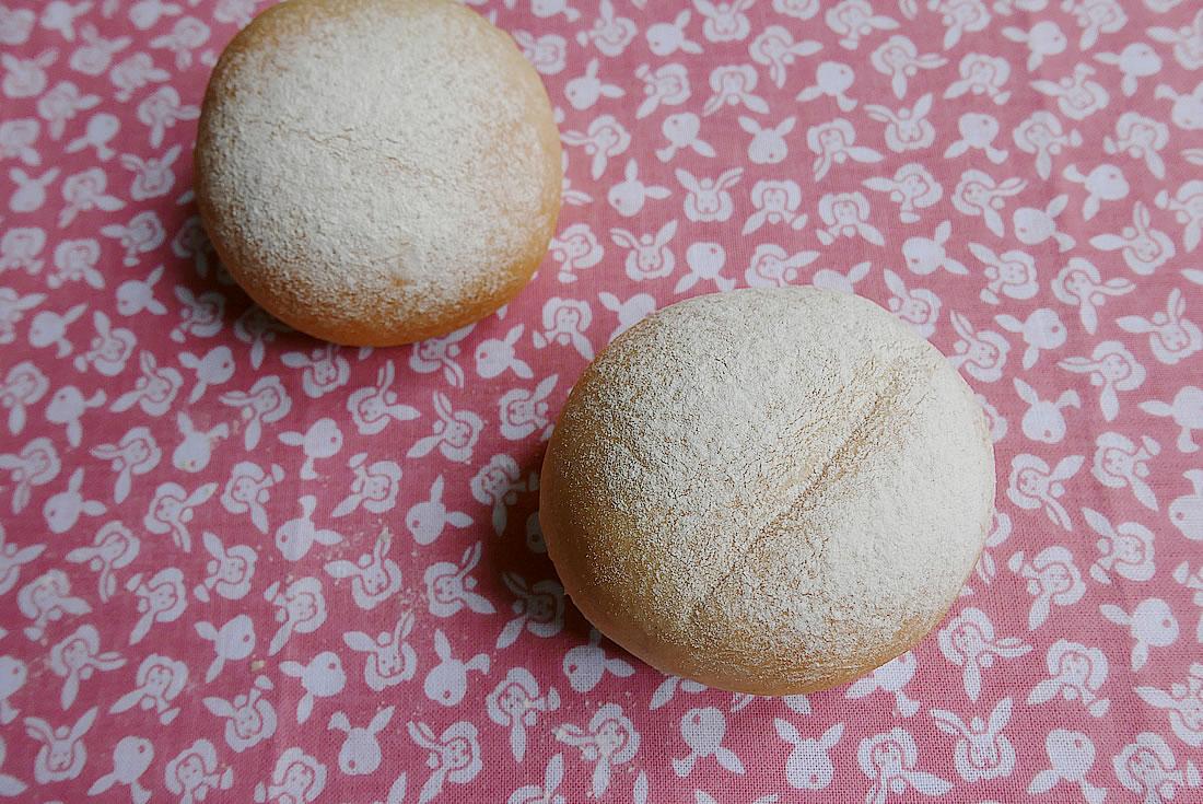 Soft Haiji White Buns (bread)